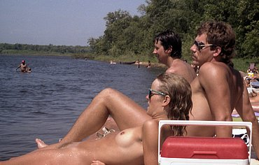 daring girls nudism